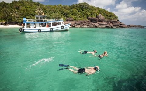 Vietnam Tour from North to South with Beach Break