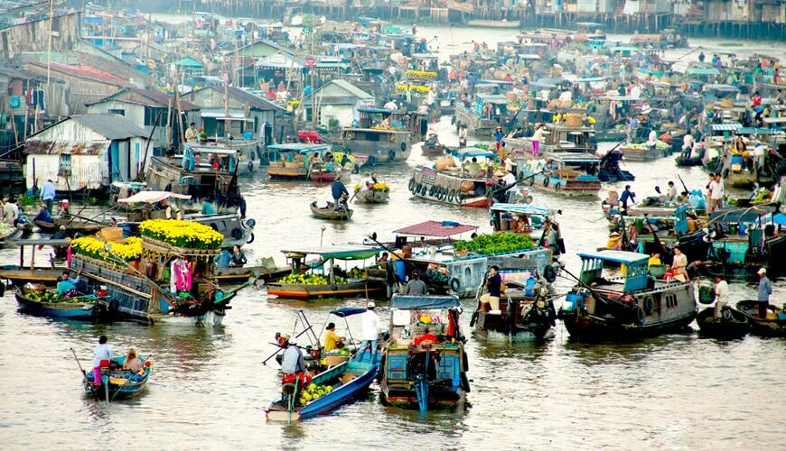 floating markets in mekong delta 4