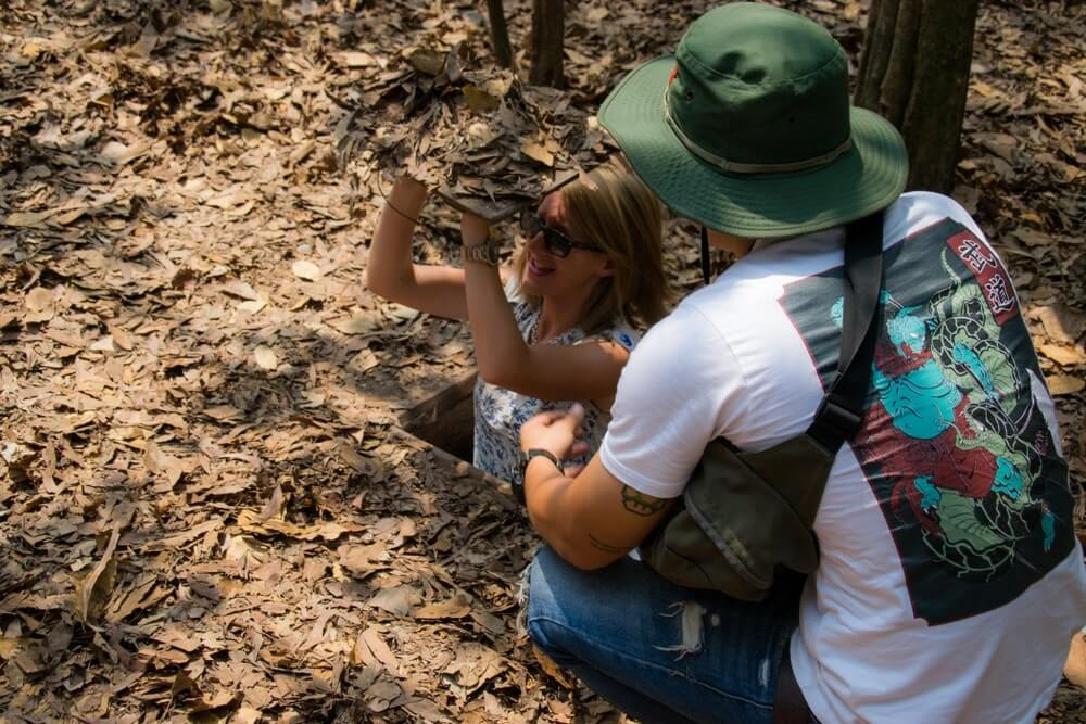 cu chi tunnels tour for her
