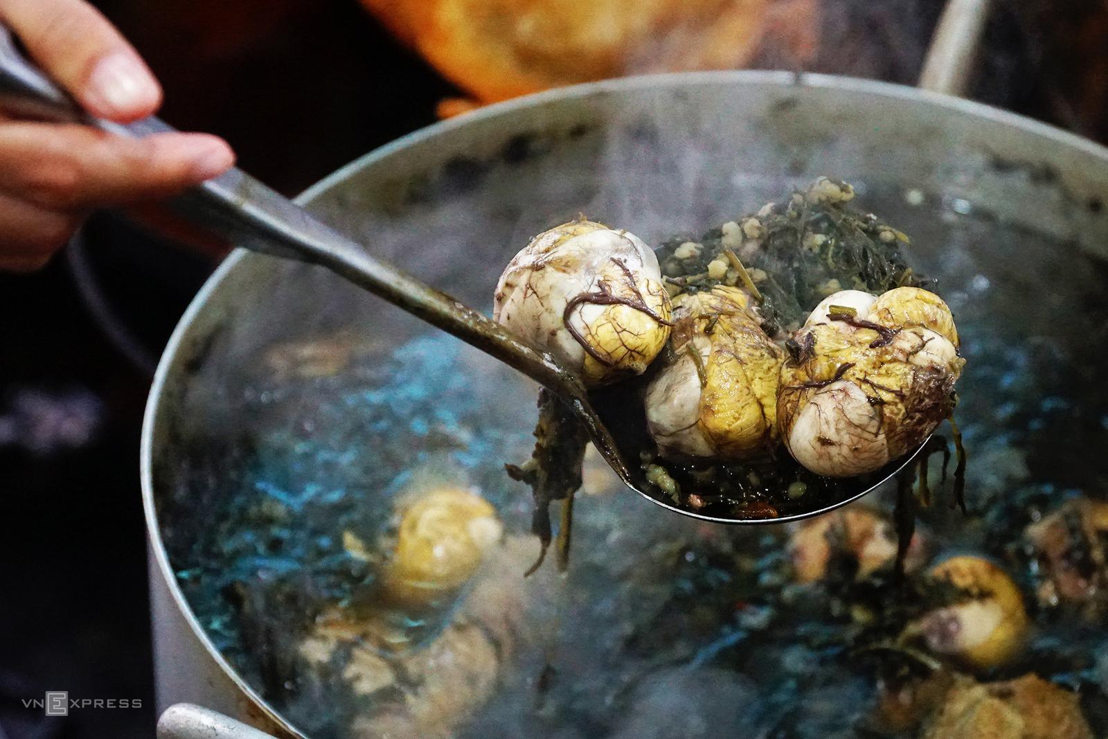 Food Scene in Halong 3