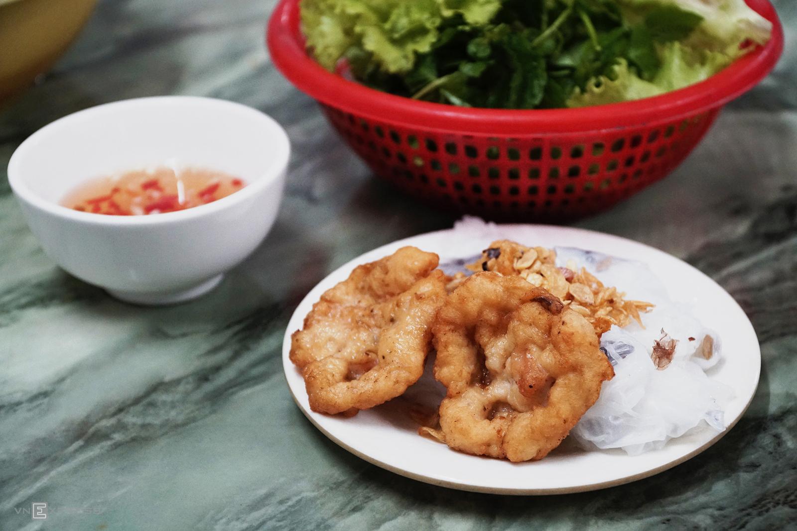 Food Scene in Halong 5