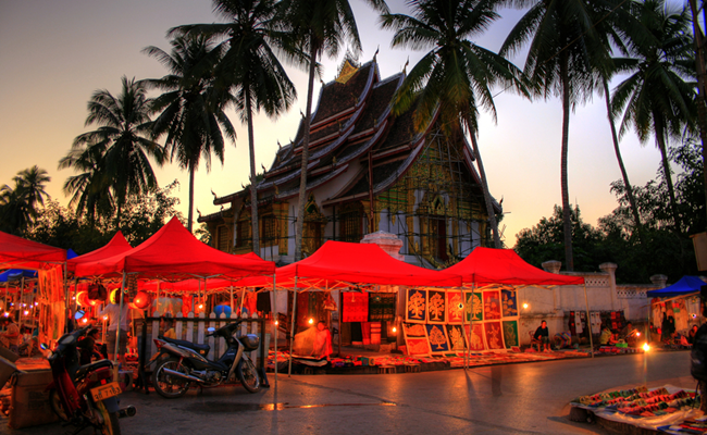 best places for shopping in luang prabang 5