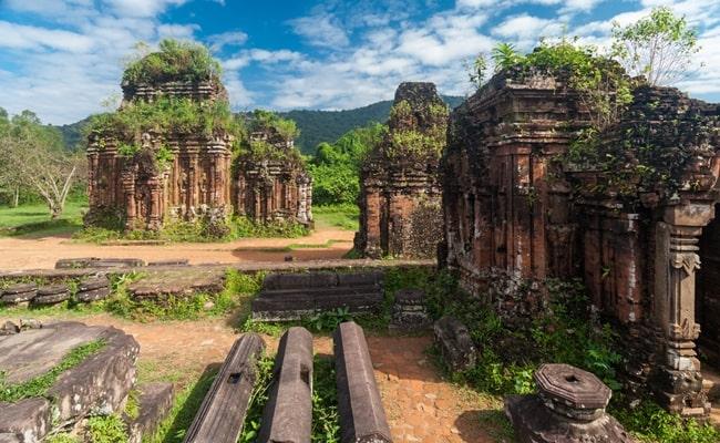 temples in vietnam 9