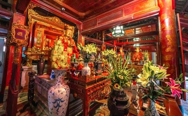 temples in vietnam 13