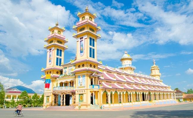temples in vietnam 14