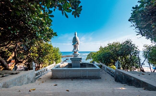 temples in vietnam 17