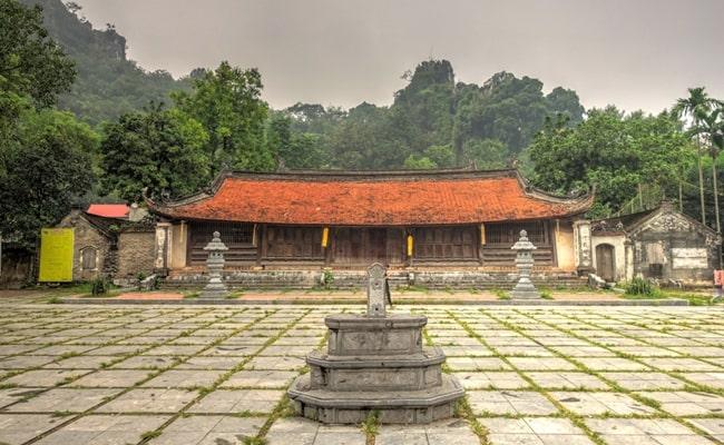 temples in vietnam 20