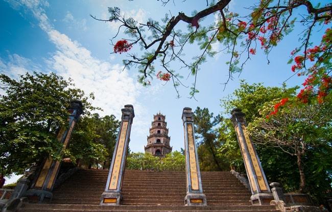temples in vietnam 22