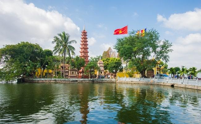 temples in vietnam 3