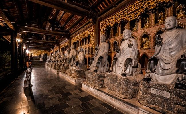 temples in vietnam 7