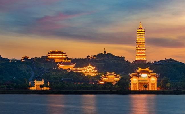 temples in vietnam 6