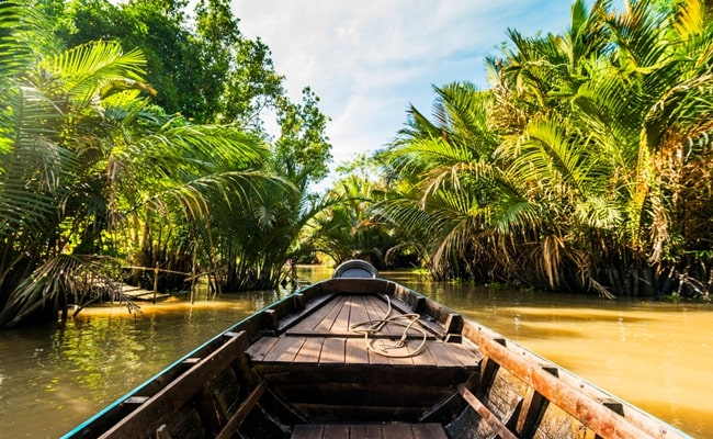 explore the best of vietnam and cambodia 13