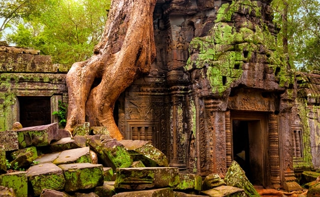 explore the best of vietnam and cambodia 16